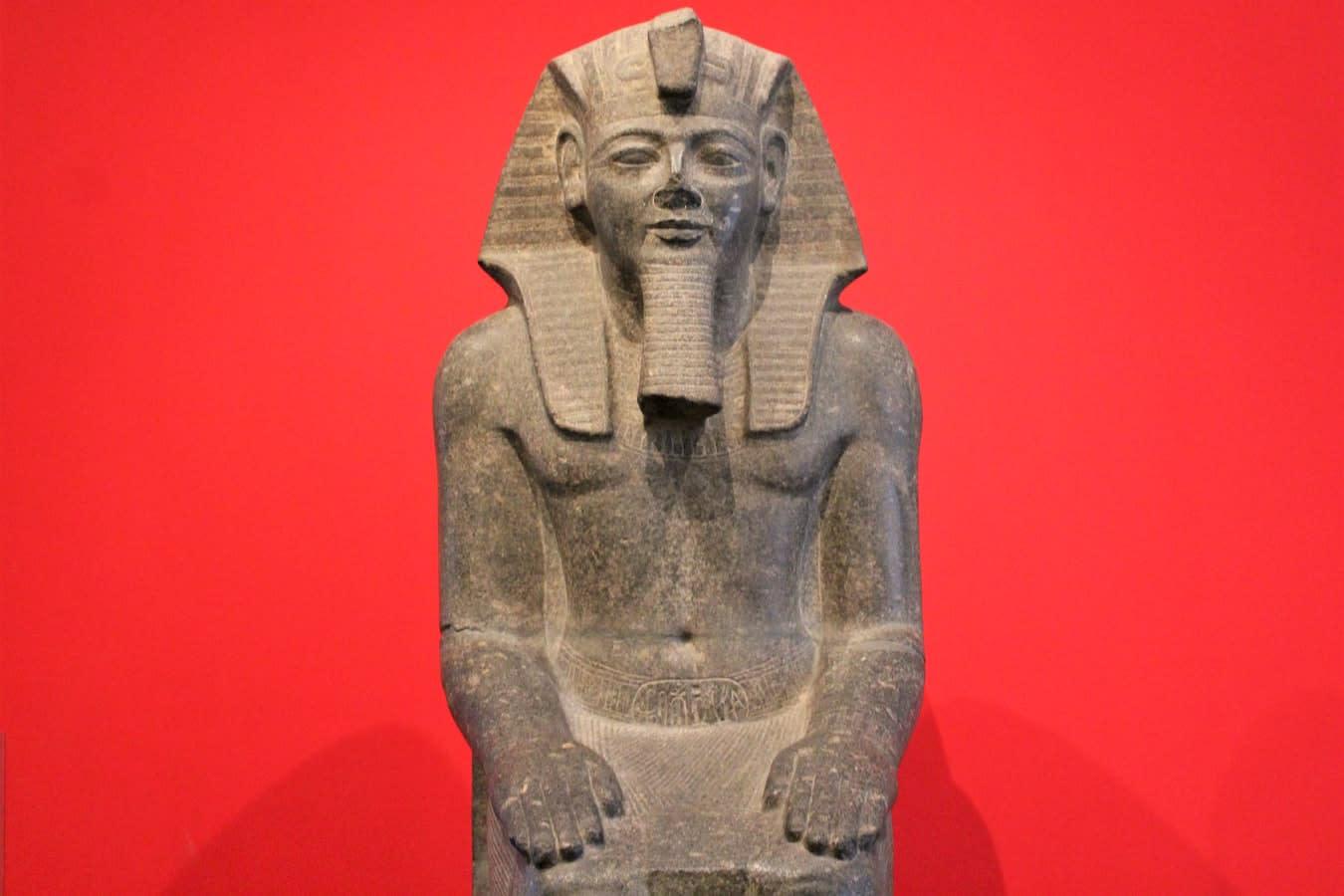 Ramses Book: Casumon suosittu hedelmäpeli -sarja